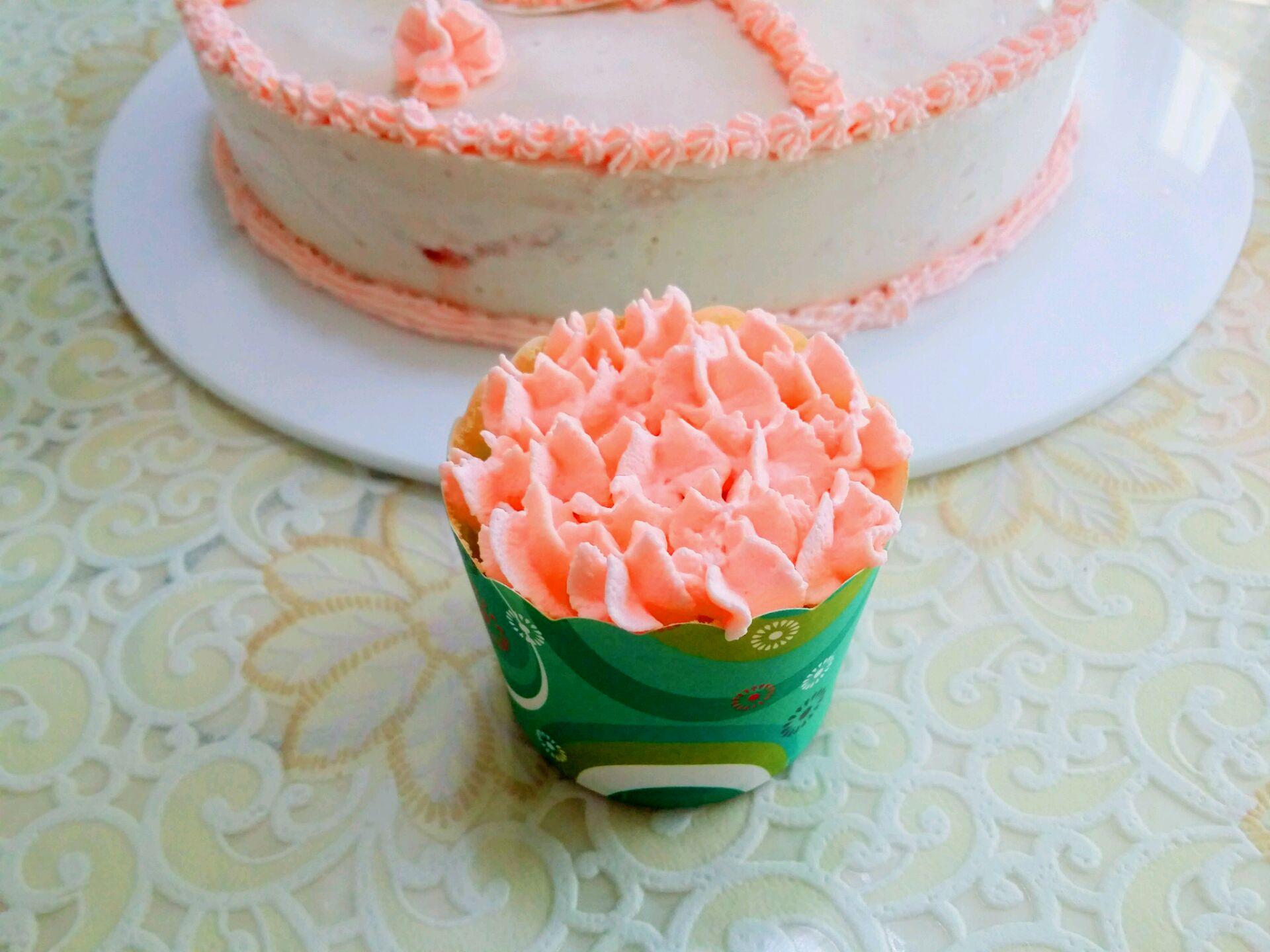 蔓越莓杯子蛋糕的做法_【图解】蔓越莓杯子蛋糕怎么做