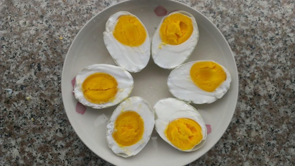 特制咸鸭蛋的做法 !-- 图解4 -->