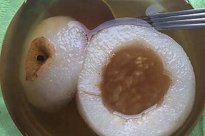 川贝枇杷冰糖炖雪梨