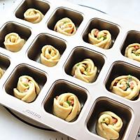香肠沙拉玫瑰花面包#有颜值的实力派#的做法图解12