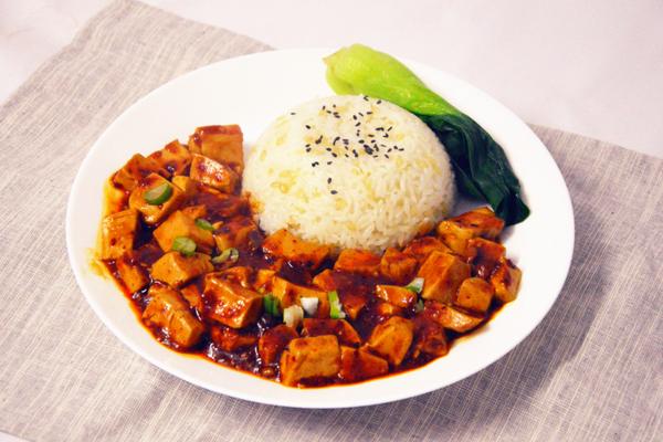 春季炒鸡下饭菜  永远吃不腻的家常麻婆豆腐的做法