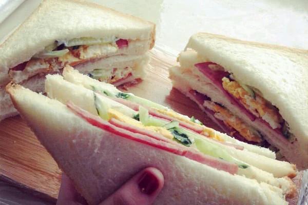 蔬菜三明治的做法步骤
