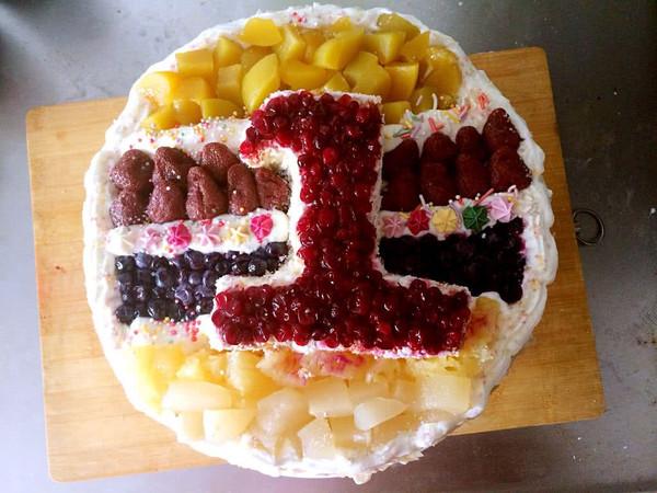 一周岁生日蛋糕的做法