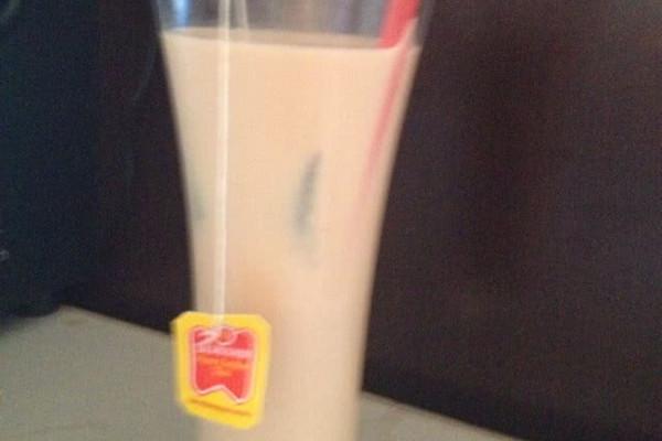 自制香飘飘丝滑奶茶的做法
