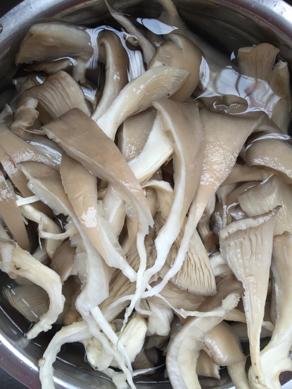 蘑菇的做法大全_香酥蘑菇的做法_【图解】香酥蘑菇怎么做如何做好吃_香酥蘑菇 ...