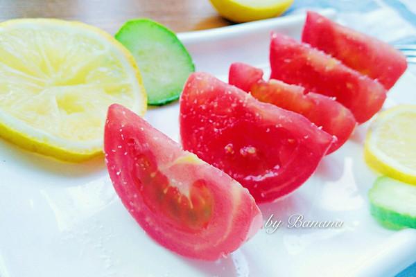 主料 两个 白糖2勺 糖拌西红柿的做法步骤 小贴士 嗯,摆盘很重要