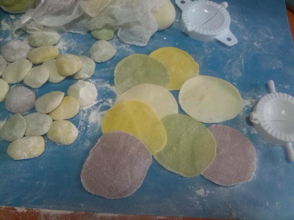 彩色水饺的做法步骤