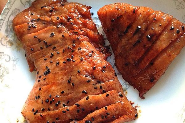 蜜汁烤猪颈肉的做法