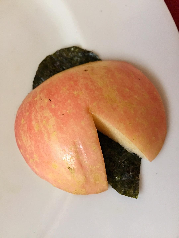 水果拼盘~可爱的瓢虫宝宝的做法图解3
