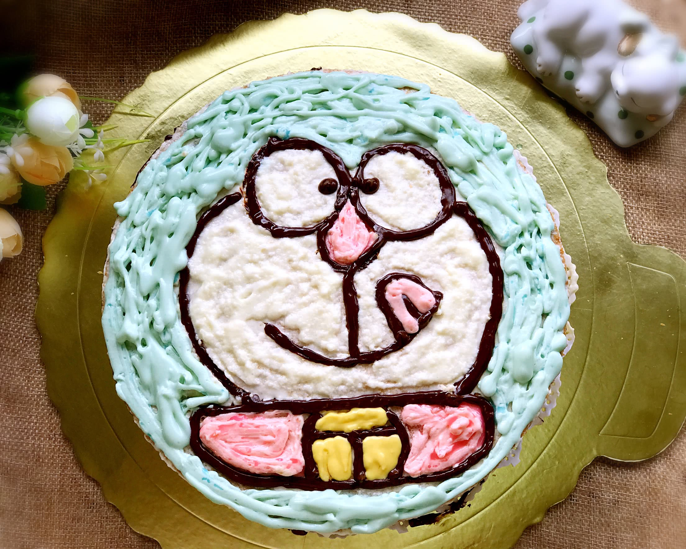 纯奶油蛋糕_小叮当卡通奶油蛋糕
