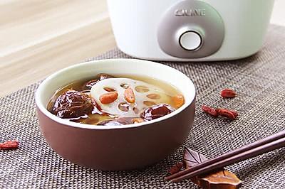 枸杞蜜枣莲藕汤