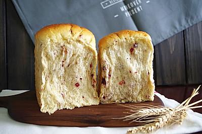 全麦淡奶油蔓越莓吐司 中种法