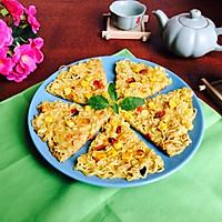 泡面鸡蛋饼#小虾创意料理#的做法图解7