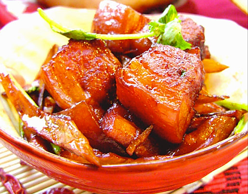 湘菜馆里逢客必点的一道主席菜:【毛氏红烧肉】的做法