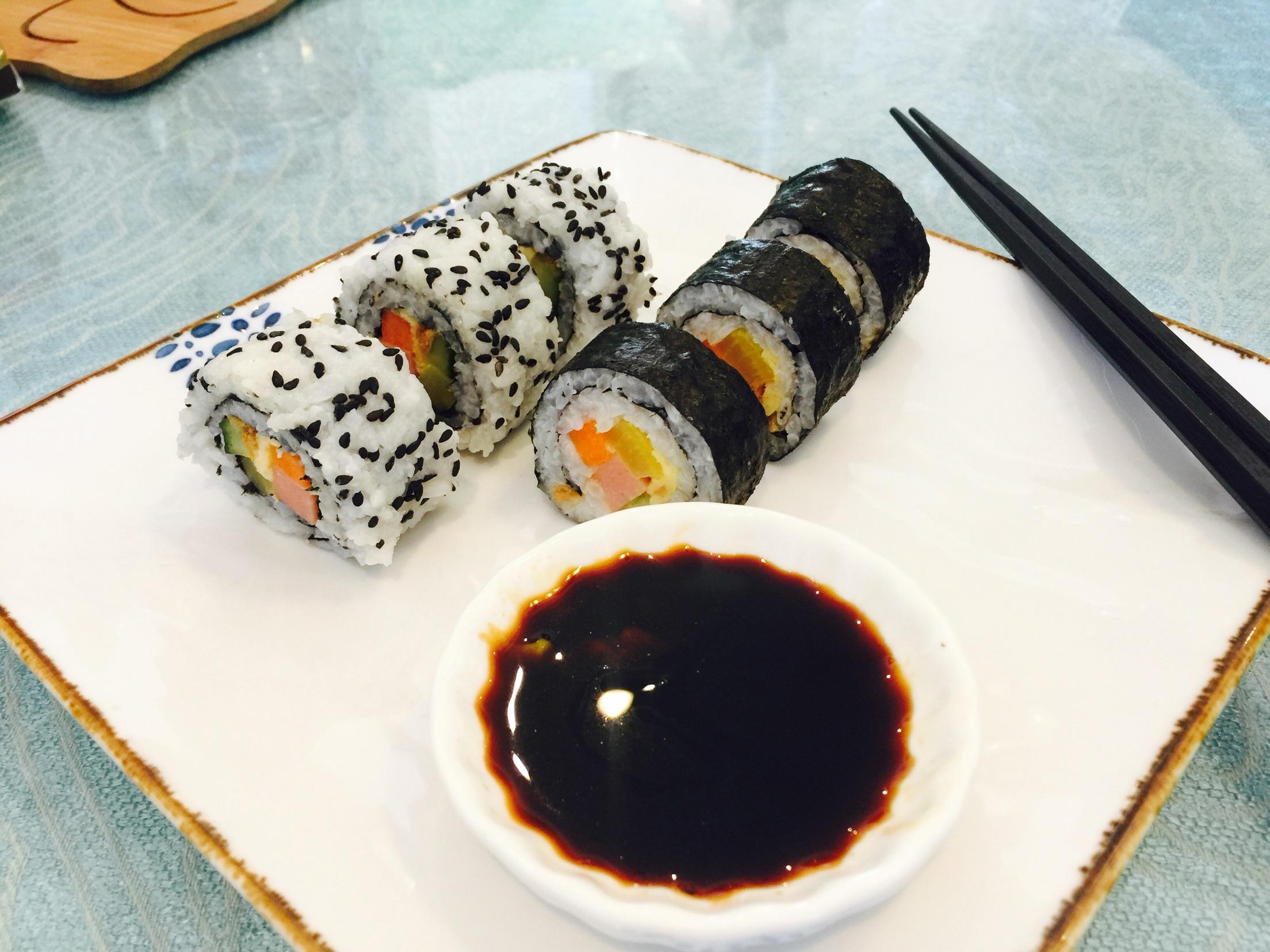 紫菜包饭/手卷寿司的做法_【图解】紫菜包饭/手卷寿司