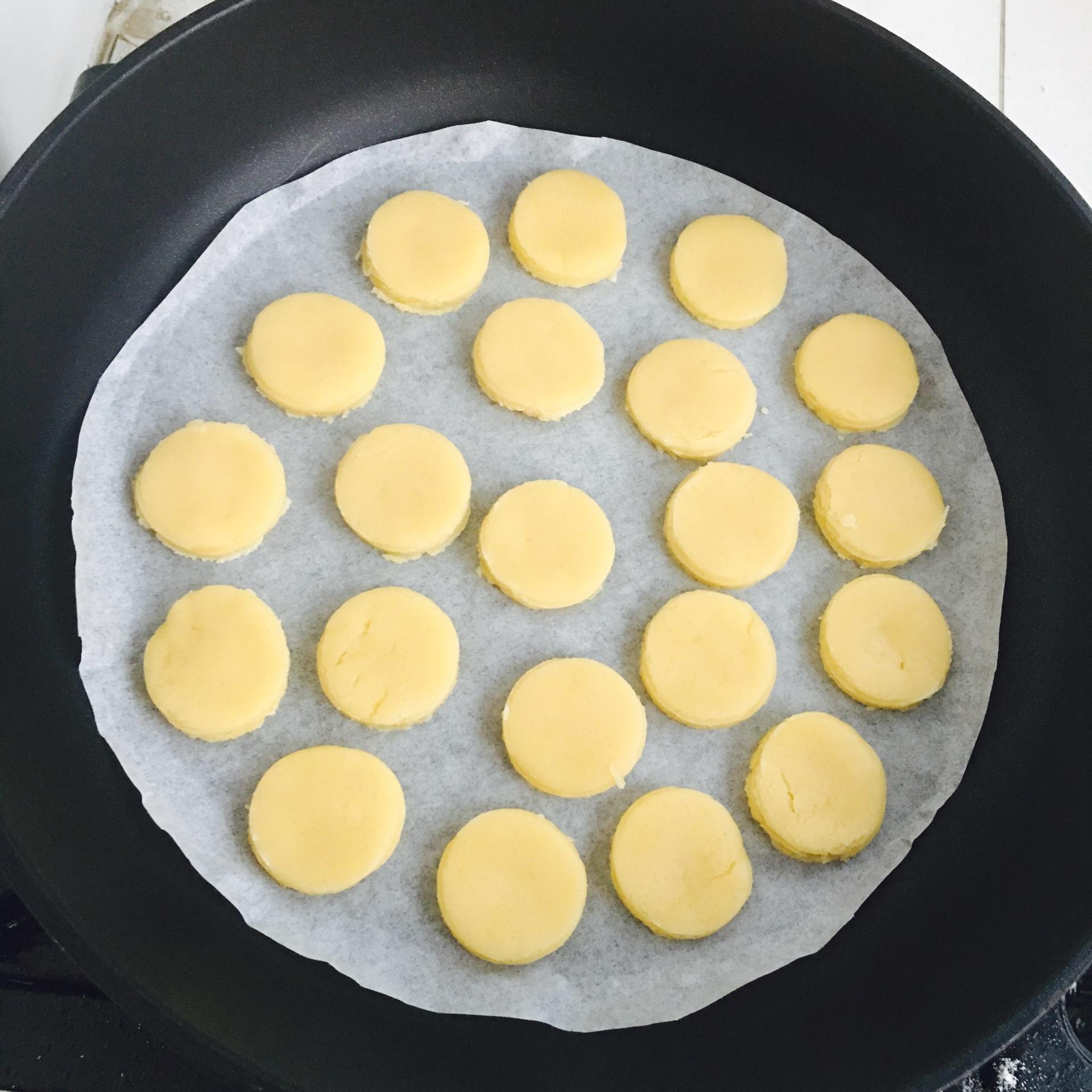 平底锅饼干的做法步骤