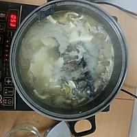 平菇豆腐鱼汤