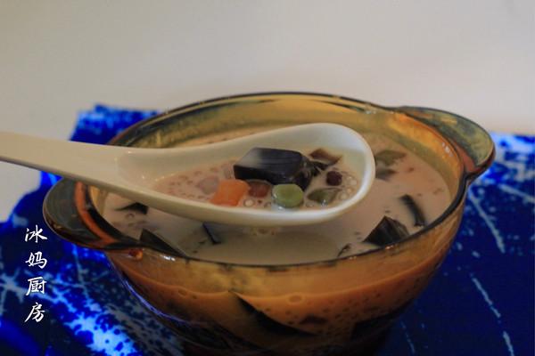 五彩芋圆的做法