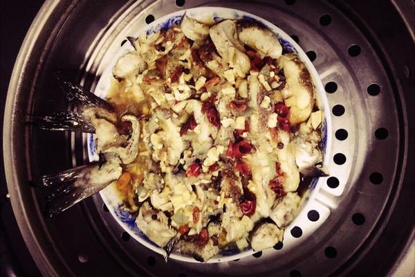 蒸雪鱼的做法_【图解】蒸雪鱼怎么做好吃_小2yang__豆