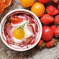 草莓水果鸡蛋杯