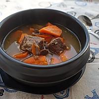 冬日养生汤|咖喱胡萝卜牛腩汤#膳魔师川湘主题月#