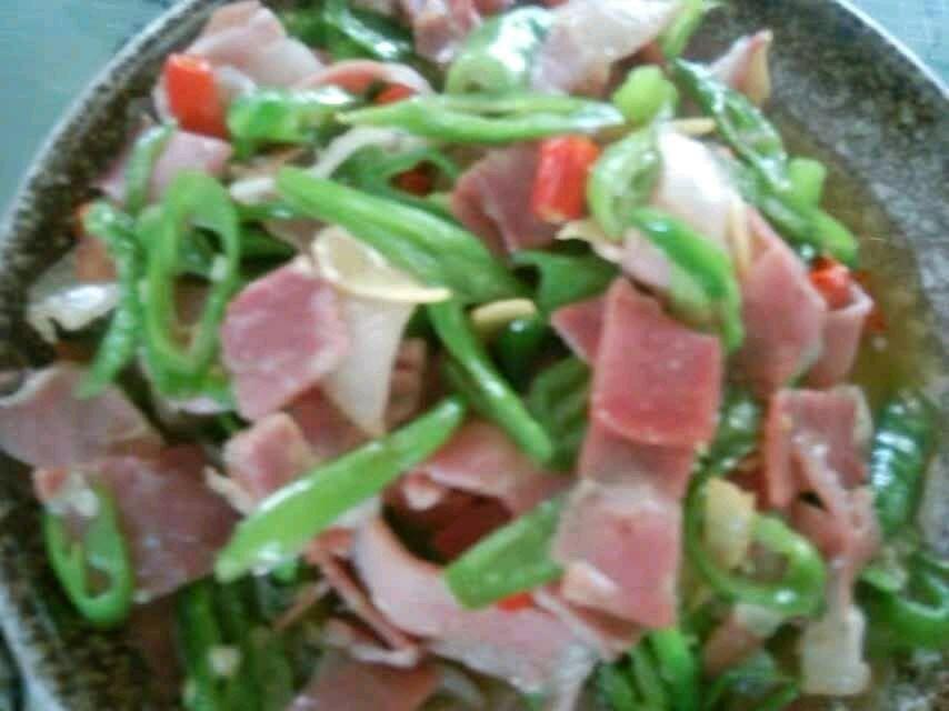 青椒炒火腿肉