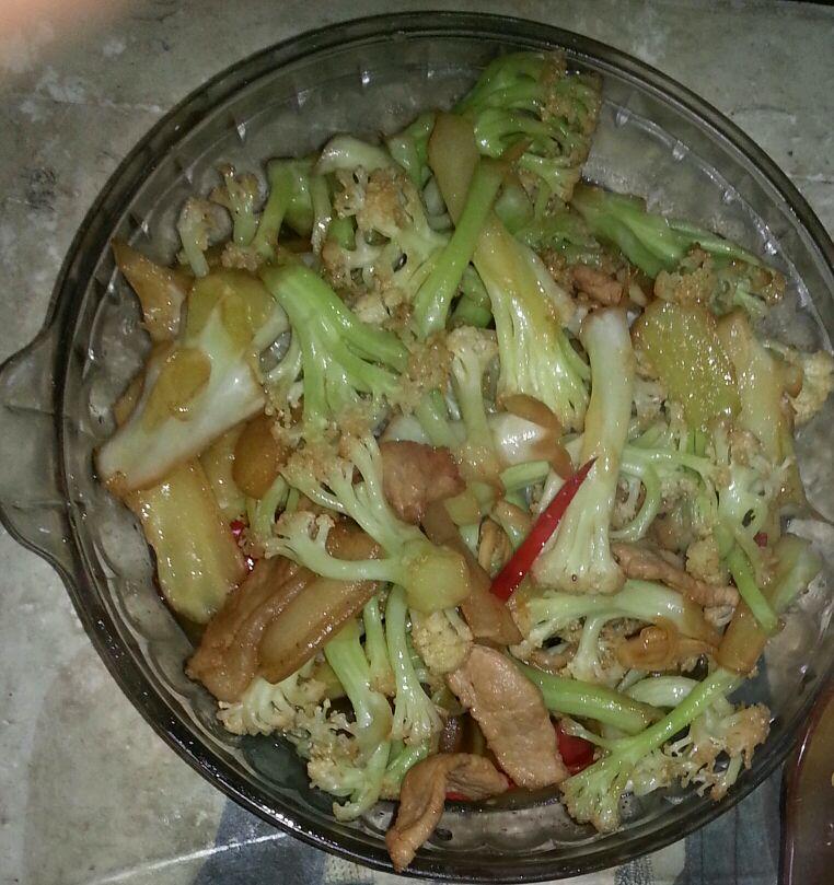 清炒菜花的做法图解3