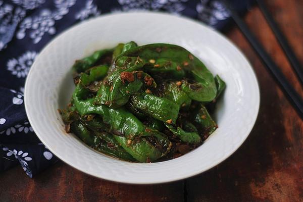 超级下饭菜——黄豆豉爆辣椒的做法