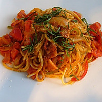 番茄蔬菜意面