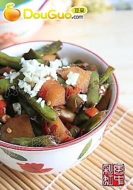 剁椒豆角烧土豆的做法