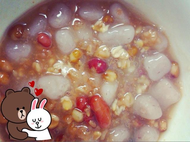 图解 芋头/5. 最后放入煮好的八宝粥(因个人喜好加入红豆沙、仙草、珍珠、...