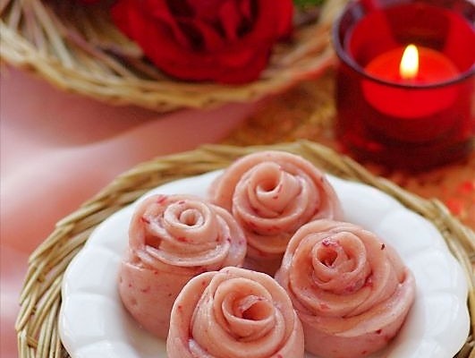 中式面点也浪漫 —— 情人节专供的浪漫玫瑰小花卷的做法