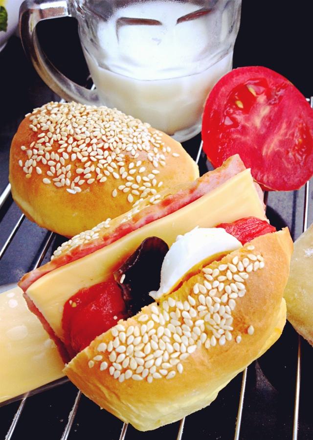 5g 芝麻适量 mini汉堡面包的做法步骤        本菜谱的做法由  编写