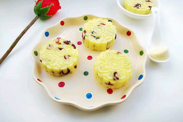 """蔓越莓土豆月饼#享""""美""""味#的做法"""