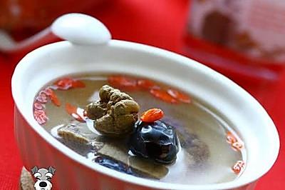 三七蜜枣牛肉汤
