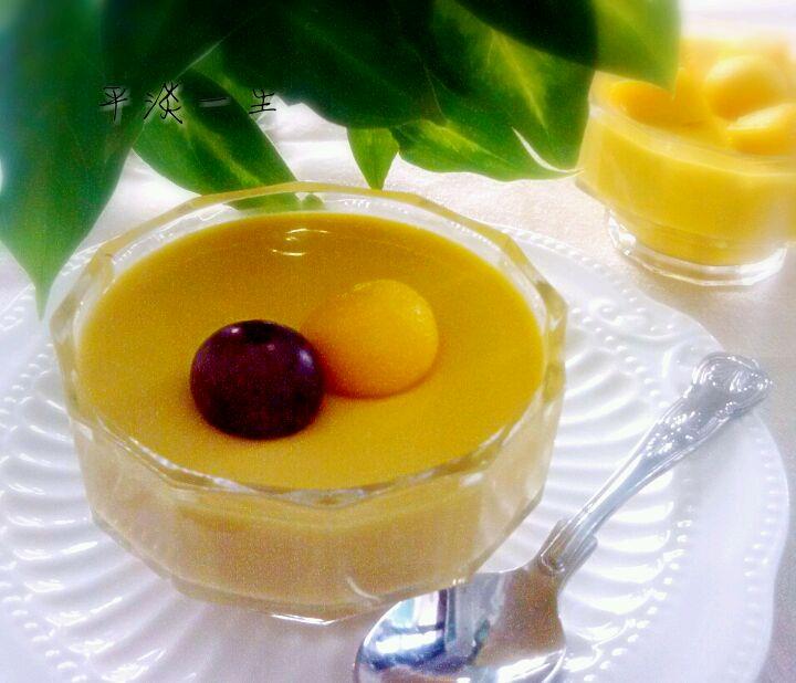 牛奶100g 细砂糖40g 柠檬汁10g 吉利丁片10g 芒果布丁的做法步骤 小