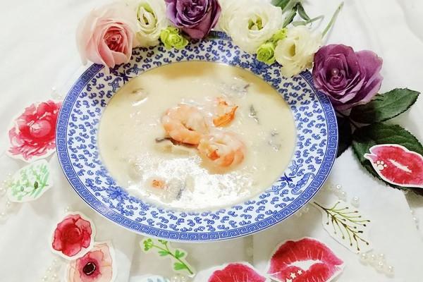 虾仁蘑菇奶油浓汤#每道菜都是一台时光机#的做法