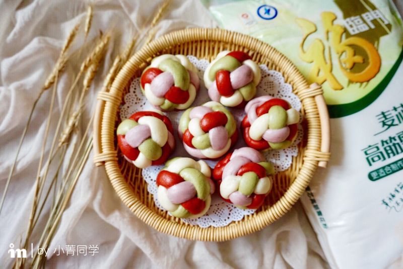 多彩绣球豆沙包#福临门好面用芯造#的做法_【图解】包