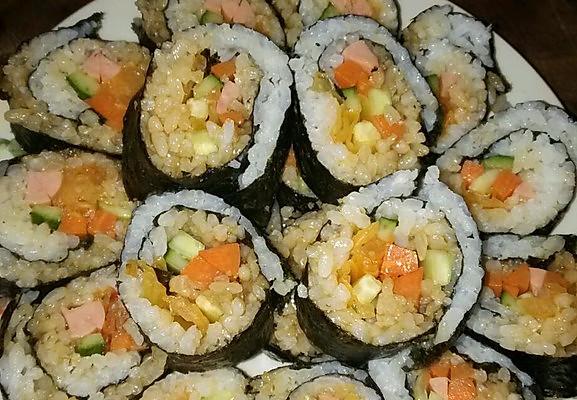 寿司(紫菜包饭)的做法_【图解】寿司 (紫菜包饭)怎么