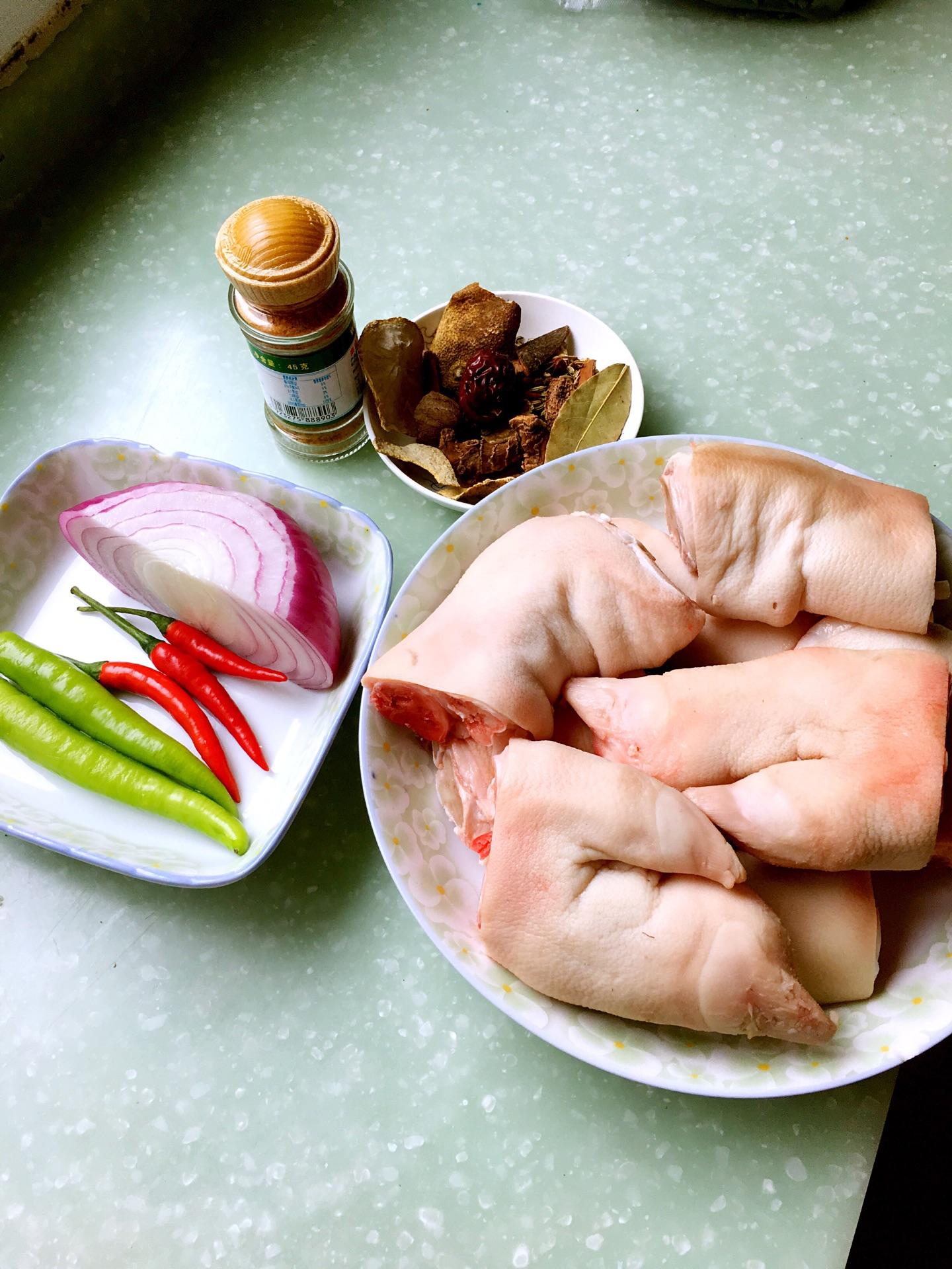 椒盐猪爪的做法步骤