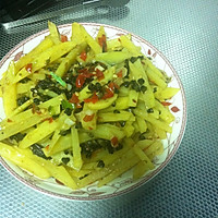 韭菜花炒土豆丝(2人份)
