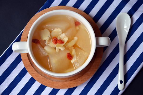 雪梨百合汤