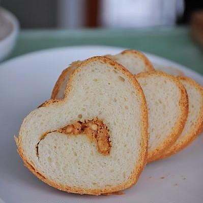 花生酱面包的做法