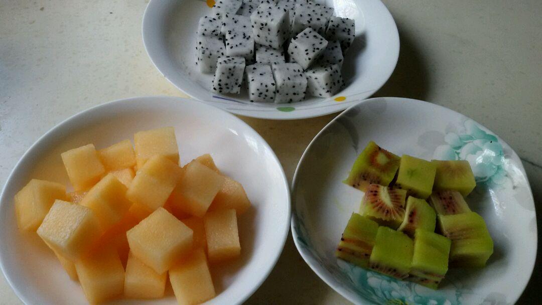 三色水果魔方的做法步骤
