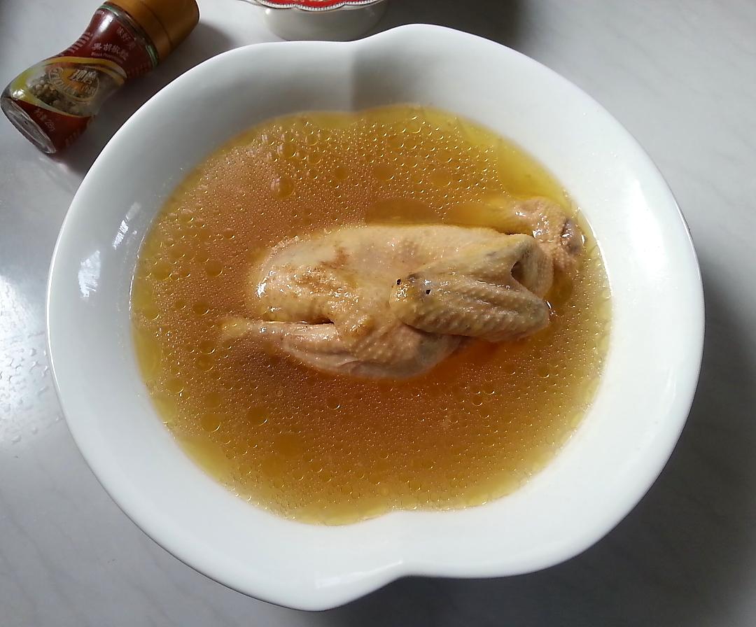 鸡汤/3. 鸡汤备好待用。