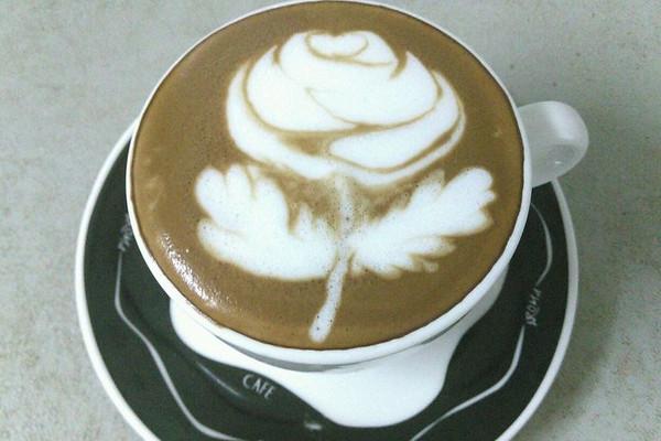 咖啡拉花的做法_【图解】咖啡拉花怎么做好吃