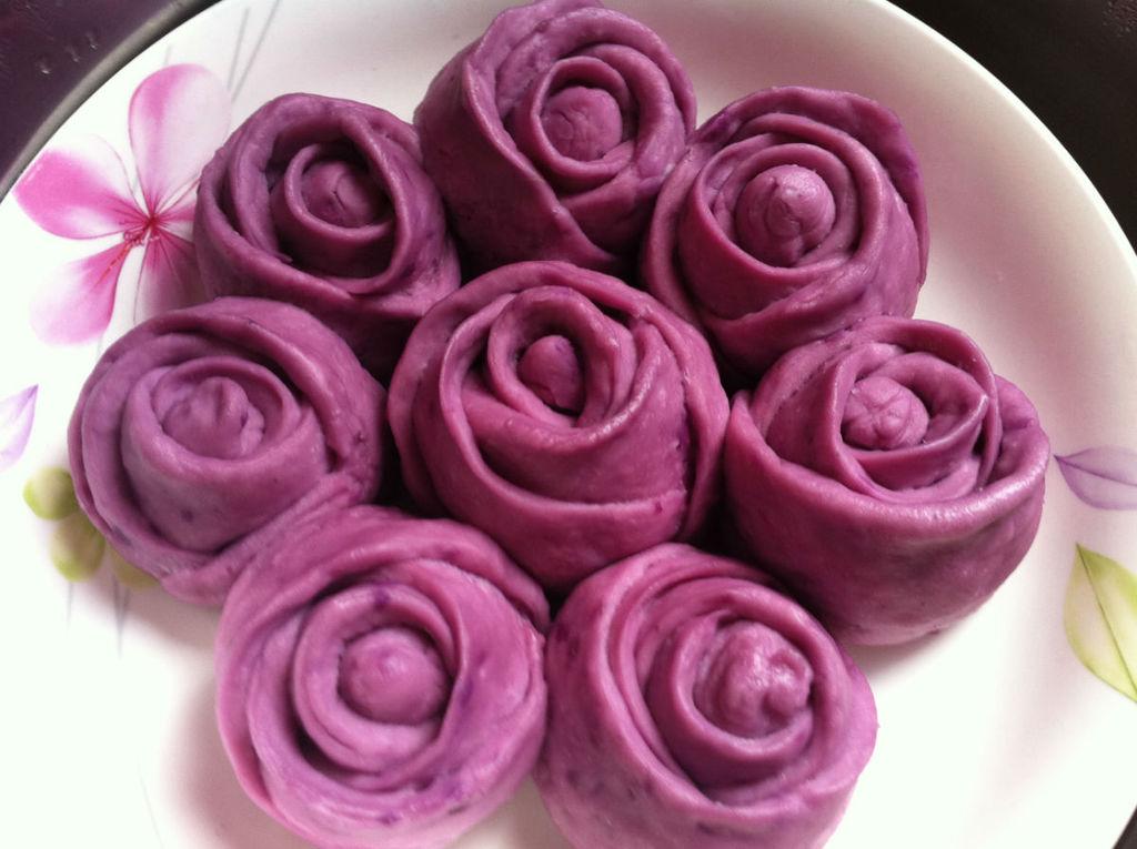 玫瑰馒头_紫薯玫瑰馒头