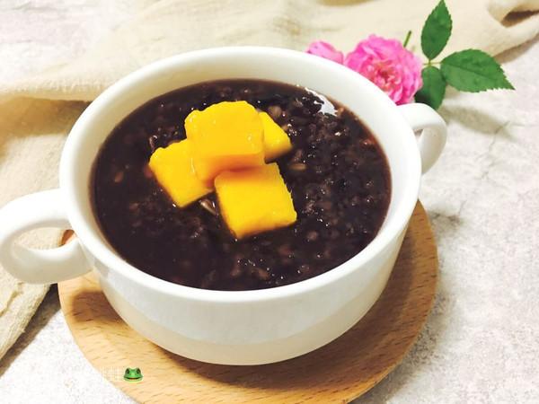 黑糯米杂粮养生粥