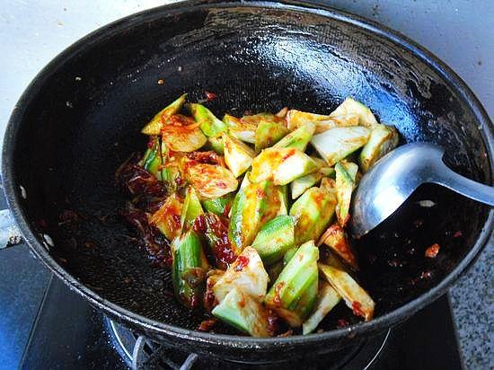 海带西兰花 鱼香白菜丝 玫瑰芋泥 十分钟好味豆腐-.