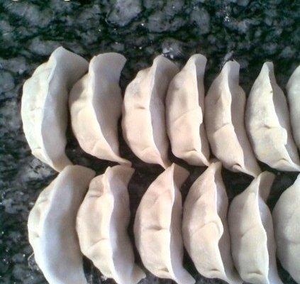香菇鸭丁饺子的做法
